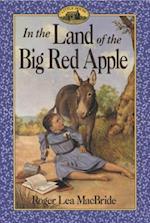 In the Land of the Big Red Apple af Roger Lea MacBride