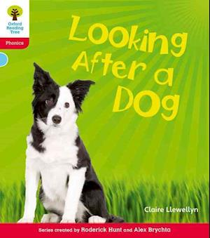 Oxford Reading Tree: Level 4: Floppy's Phonics Non-Fiction: Looking After a Dog af Roderick Hunt, Claire Llewellyn, Alex Brychta