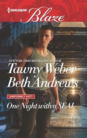 Bog, paperback One Night with a Seal af Tawny Weber, Beth Andrews