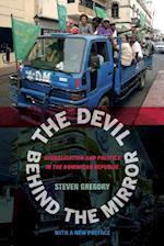 The Devil behind the Mirror af Steven Gregory