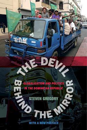 Devil behind the Mirror af Steven Gregory