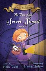 The Case of the Secret Tunnel (The Mysteries of Maisie Hitchins)