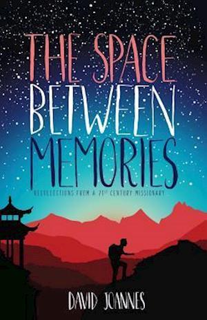 Bog, paperback The Space Between Memories af David Joannes