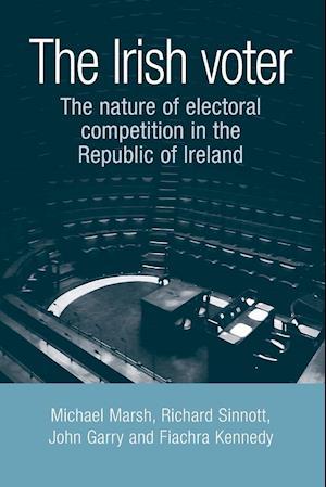 Bog, paperback The Irish Voter af Michael Marsh
