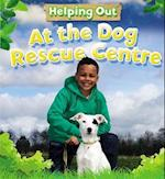 At the Dog Rescue Centre af Judith Anderson