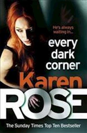 Bog, paperback Every Dark Corner af Karen Rose