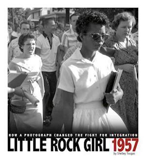Little Rock Girl 1957 af Shelley Tougas