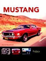 Mustang af David Newhardt