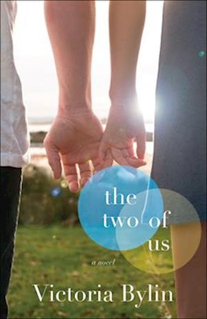 Bog, paperback The Two of Us af Victoria Bylin