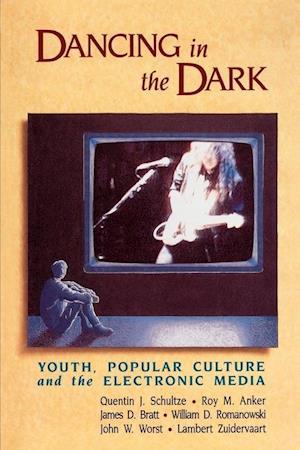 Dancing in the Dark af Roy M. Anker