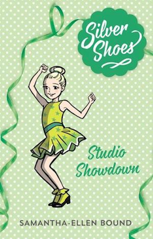Silver Shoes 8: Studio Showdown af Samantha-Ellen Bound