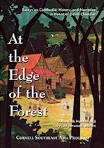 At the Edge of the Forest (Studies on Southeast Asia, nr. 46)