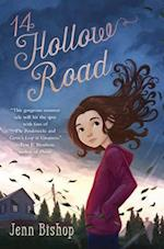 14 Hollow Road af Jenn Bishop