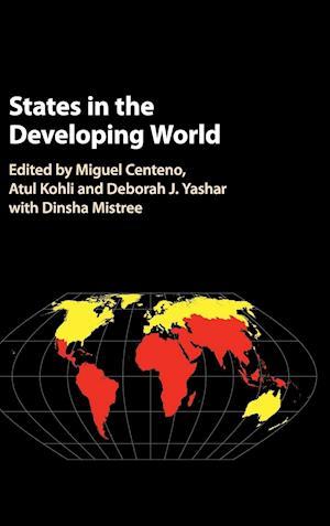 Bog, hardback States in the Developing World af Miguel A. Centeno