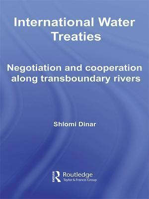International Water Treaties af Shlomi Dinar