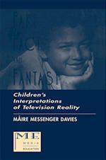 Fake, Fact, and Fantasy af Maire Messenger Davies