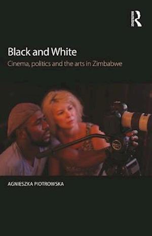 Black and White af Agnieszka Piotrowska