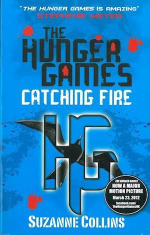 Bog, paperback Catching Fire af Suzanne Collins