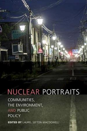 Bog, paperback Nuclear Portraits