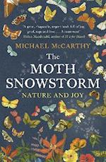 The Moth Snowstorm af Michael McCarthy
