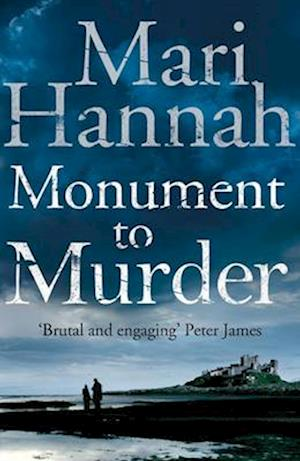 Monument to Murder af Mari Hannah
