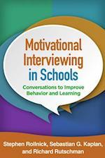 Motivational Interviewing in Schools (Applications of Motivational Interviewing Paperback)