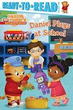 Daniel Plays at School (Ready-to-Read. Pre-level 1)