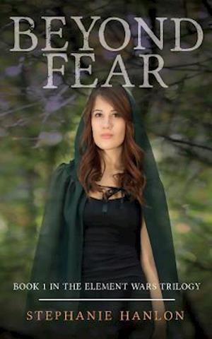 Bog, paperback Beyond Fear af Stephanie Hanlon