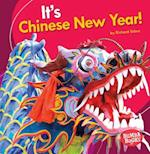It's Chinese New Year! (Bumba Books Its a Holiday)