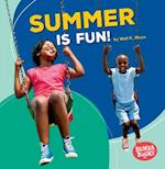 Summer Is Fun! (Bumba Books Season Fun)
