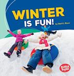 Winter Is Fun! (Bumba Books Season Fun)