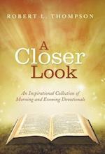 A Closer Look af Robert L. Thompson