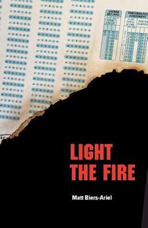 Bog, paperback Light the Fire af Matt Biers-ariel