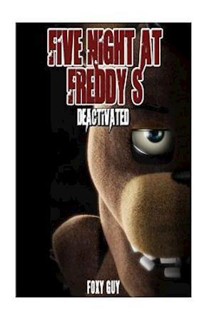 Bog, paperback Five Night at Freddy's af Foxy Guy