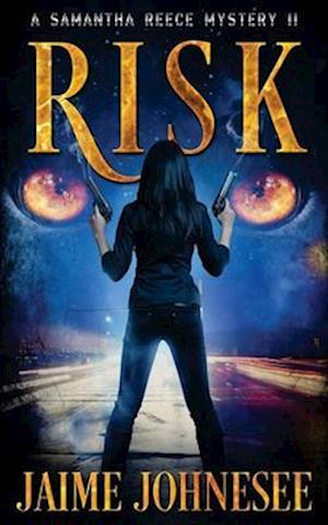 Bog, paperback Risk af Jaime Johnesee