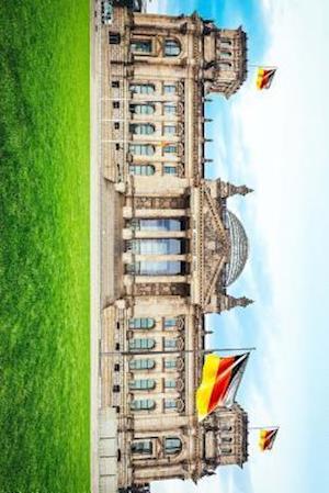 Bog, paperback Bundestag the German National Parliment Building in Berlin af Unique Journal