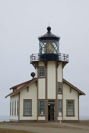 Bog, paperback Lighthouse at Point Cabrillo California USA Journal af Cs Creations
