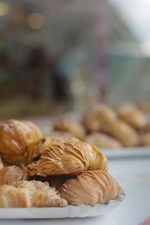 Bog, paperback Croissants Ready for Breakfast, for the Love of Food af Unique Journal