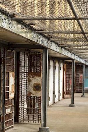 Bog, paperback Inside Alcatraz Prison af Unique Journal