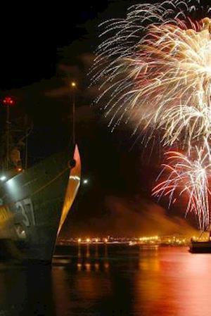 Bog, paperback Website Password Organizer Fireworks at Pearl Harbor in Hawaii af Unique Journal