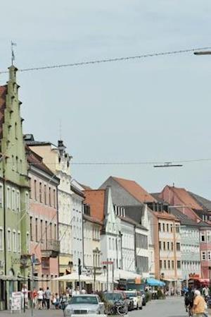 Bog, paperback Narrow Street in Freising, Bavaria af Unique Journal