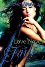 Love Never Fails af Brenda Stokes Lee