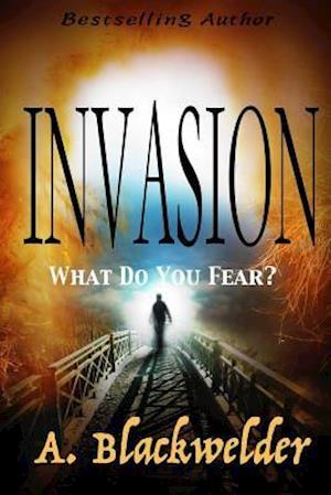 Bog, paperback Invasion af A. Blackwelder