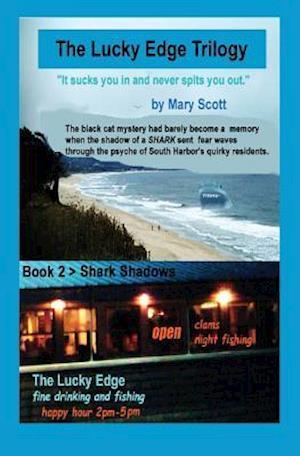 Bog, paperback Shark Shadows af Mary M. Scott