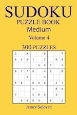 300 Medium Sudoku Puzzle Book af James Solovan