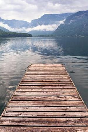 Bog, paperback Jetty on a Misty Lake in the Alps Journal af Cs Creations