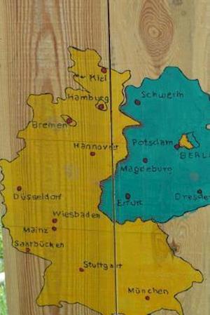 Bog, paperback A Hand Drawn Map of Gemany af Unique Journal