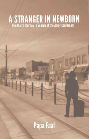 Bog, paperback A Stranger in Newborn af Papa Faal