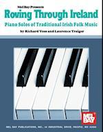 Roving Through Ireland af Richard Voss