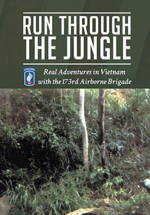Bog, hardback Run Through the Jungle af Larry Musson